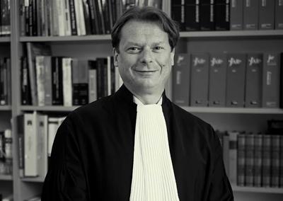 advocaat ambtenarenrecht